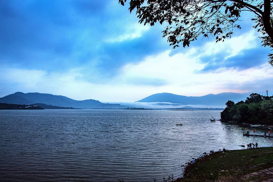 Kết quả hình ảnh cho Hồ Lak