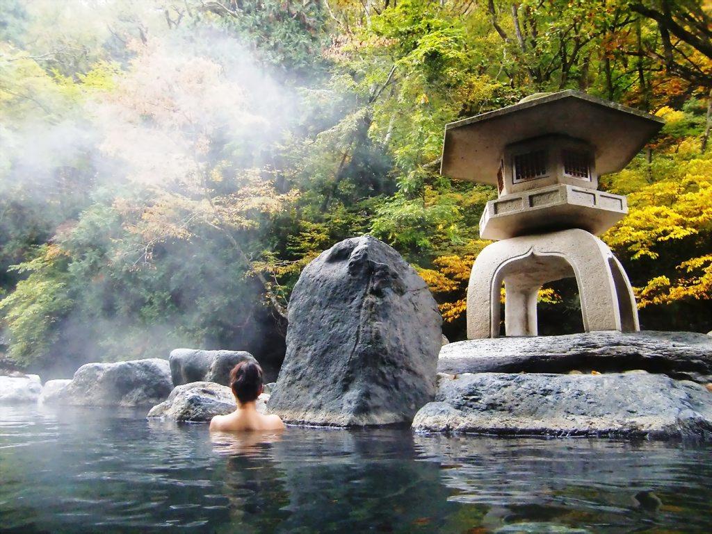 Kết quả hình ảnh cho tắm suối nóng Onsen truyền thống