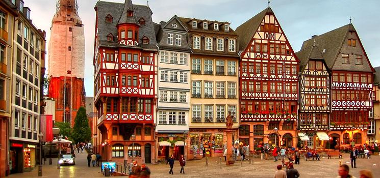 Kết quả hình ảnh cho Tòa thị chính Frankfurt